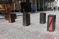 美国华尔街上的黄铜地灯