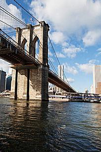 曼哈顿大桥桥墩