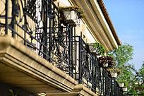 张裕爱斐堡欧洲小镇酒店的西式阳台