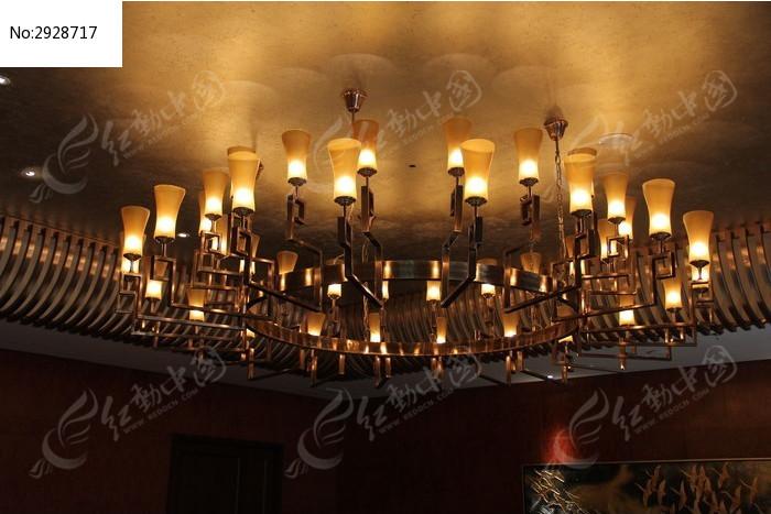豪华的吊灯图片,高清大图