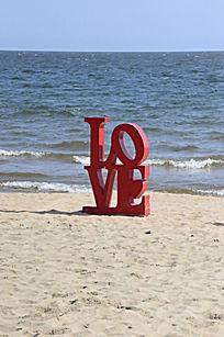 婚纱照布景海边LOVE模型