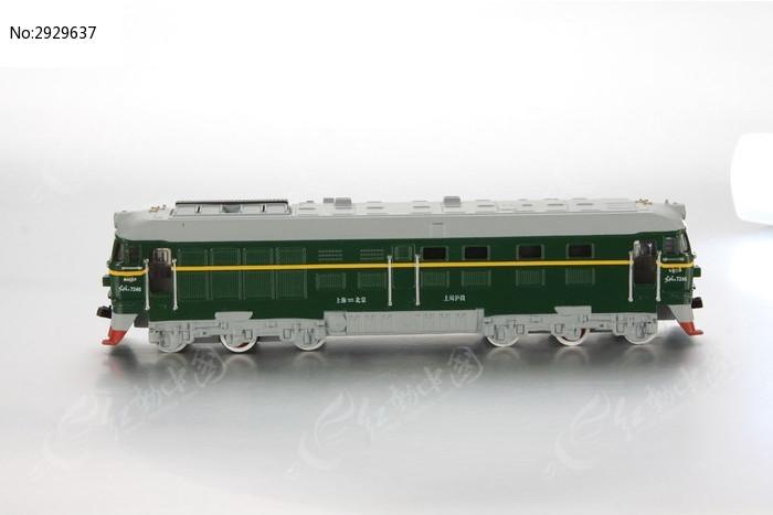 火车头模型玩具侧面