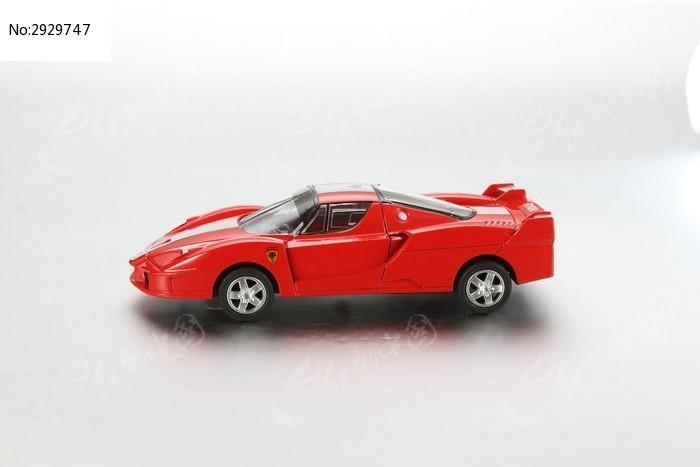 玩具车侧面图片,高清大图
