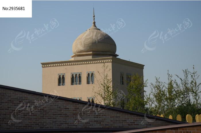 风格的圆顶建筑图片