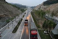 十堰市发展大道车辆畅通