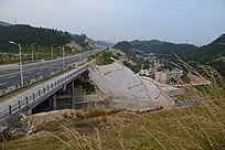 十堰市发展大道岩洞沟路段桥梁贯通