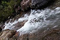 黄山翡翠谷  清泉流水