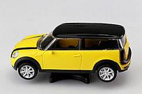 黄色的车模