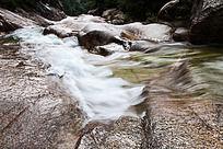 黄山翡翠谷  清泉石上流
