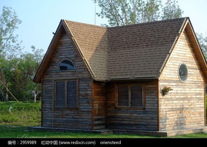 的木头房子小木屋