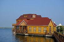 天津七里海湿地公园水上童话木屋