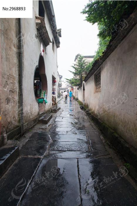 西递村主街道的石板路图片