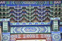 杨家埠民间艺术大观园里的雕梁画栋