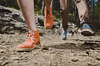 休闲鞋子拍摄图片