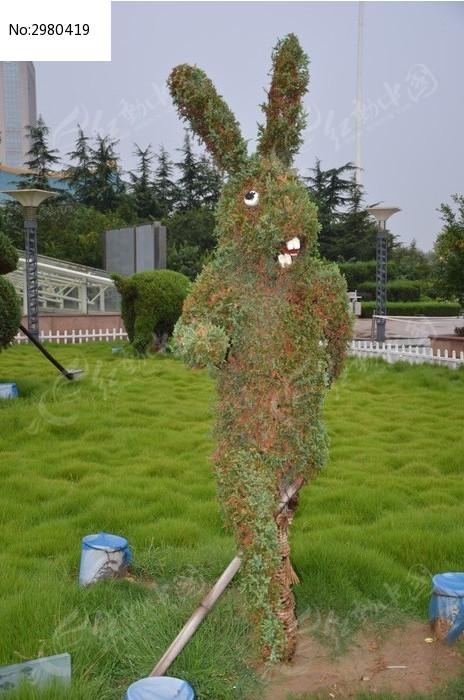 十二生肖造型的树木之兔图片,高清大图_树木枝叶素材