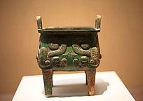 战国时器的青铜器兽面纹方鼎