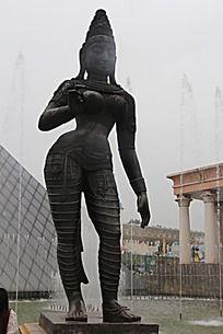 长沙世界之窗前的雕塑