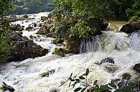 黄果树瀑布下的水流