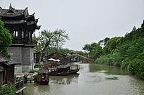 乌镇小河船只
