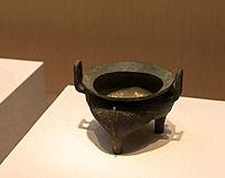 战国时期的青铜炊具斜线纹鬲