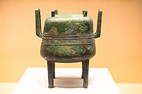 战国时期青铜器四足带盖方鼎