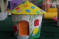 儿童手工制作的房子