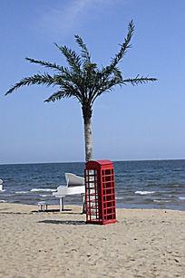 婚纱照专用布景红色柜子和椰子树