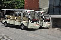上古文化艺术馆的旅游车