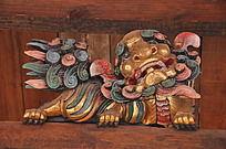 上古文化艺术馆门梁上的虎