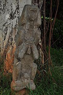 上古文化艺术馆三只木质猴子