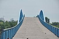五缘湾的木质桥梁
