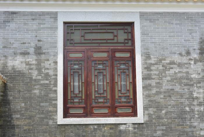 灰砖上的木窗图片,高清大图_名胜古迹素材