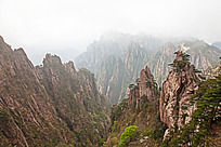 黄山春  峡谷沟壑