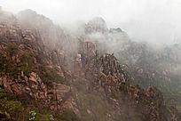 黄山春  云雾绕山峦