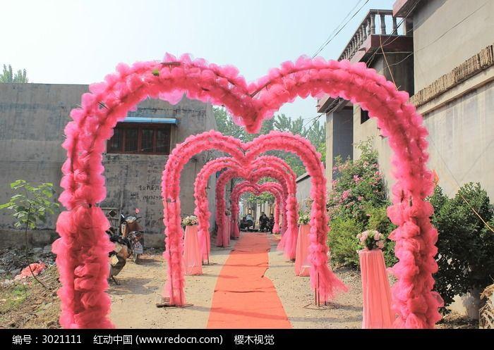 婚礼喜庆红色拱门图片