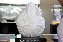 白色陶瓷佛像雕刻