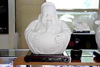精美白色佛像雕刻