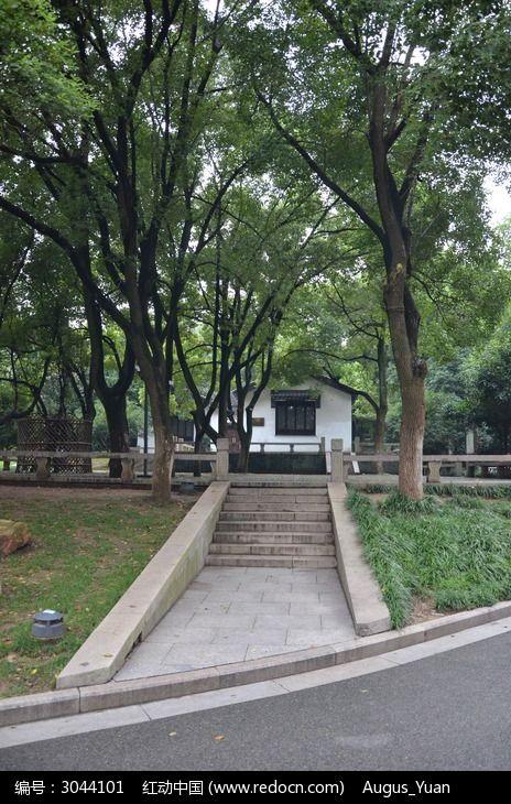 原创摄影图 建筑摄影 园林景观 虞山公园  请您分享: 红动网提供园林