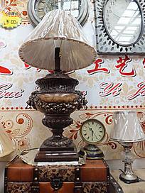 复古欧式花纹台灯