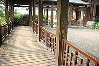 古典镂空栏杆走廊建筑