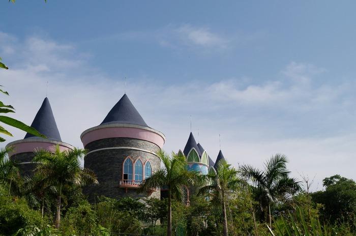 儿童乐园城堡造型建筑图片