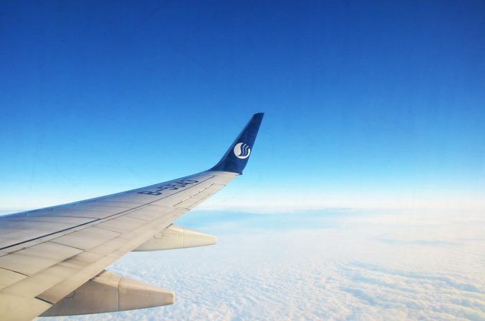 飞机上的云彩图片