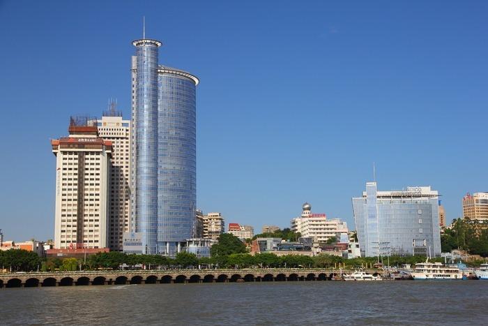 厦门海边的渣打银行图片,高清大图_高楼大厦素材