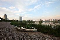 焦作龙源湖公园的小船