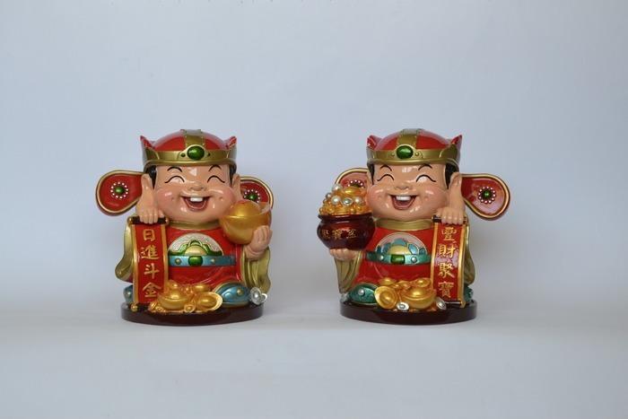 一对可爱财神爷人物陶瓷工艺品图片