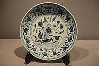 青花瓷牡丹花纹瓷盘