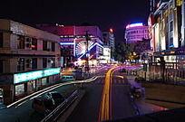 流光的城市夜景