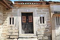 农村房子木头大门