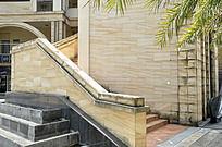 一处优雅而恬静的楼梯