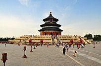 蓝天下的北京故宫天坛